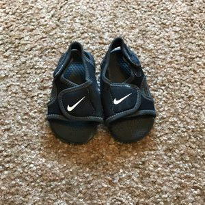 Boys toddler Nike Sandals